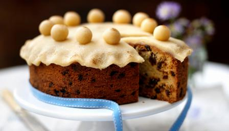 Simnel cake via bbc.co.uk