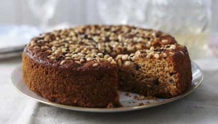Honey and chestnut cake