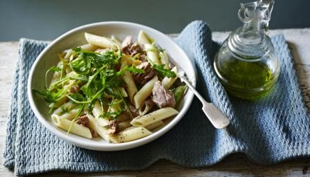 Tuna, rocket and lemon pasta