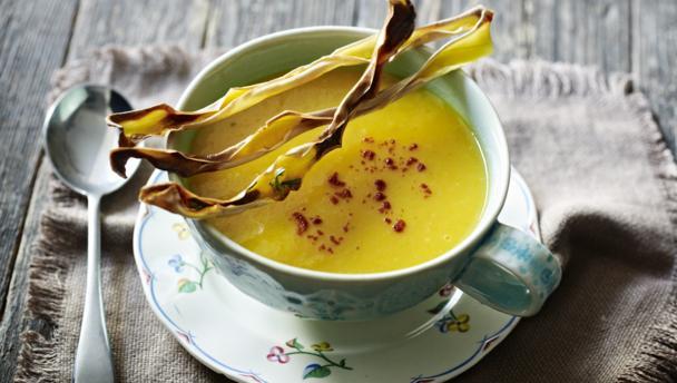 Butternut squash soup with crisps