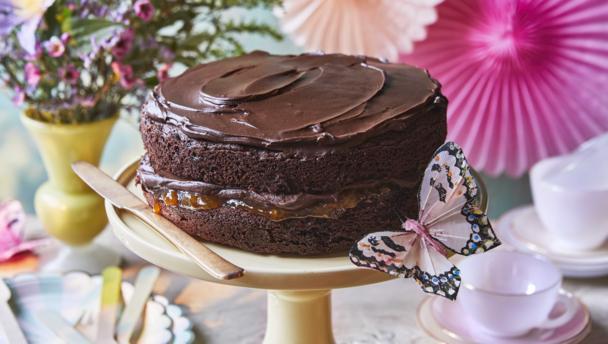 Bbc How To Make A Chocolate Sponge Cake