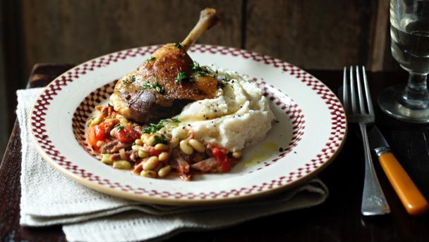 Confit duck leg with flageolet ragoût and celeriac mash
