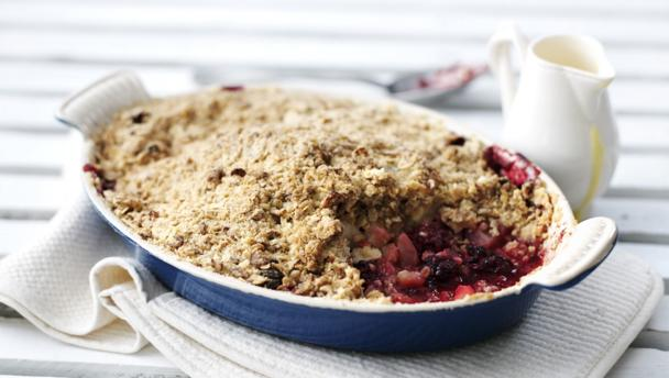 Crunchy apple and blackberry crumble