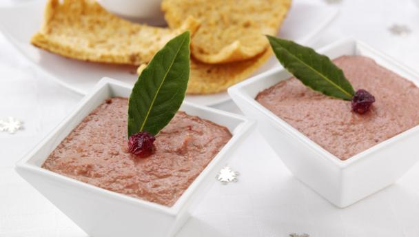 BBC Food - Recipes - Easy chicken liver pâté