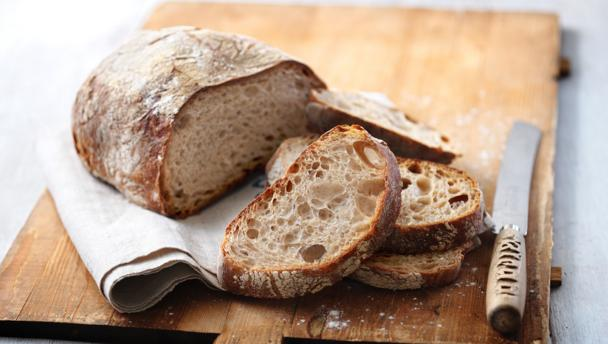 http://ichef.bbci.co.uk/food/ic/food_16x9_608/recipes/how_to_make_sourdough_08213_16x9.jpg