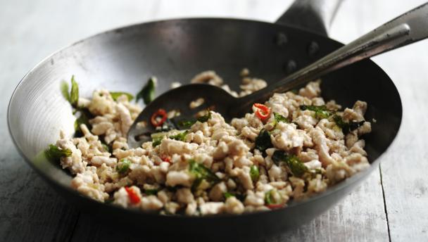 Turkey mince stir fry with basil