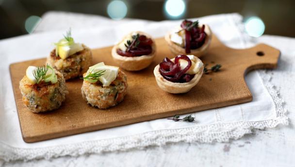 BBC Food - Recipes - Mini smoked salmon and dill cakes