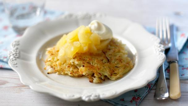 Potato latkes (Potato pancakes)