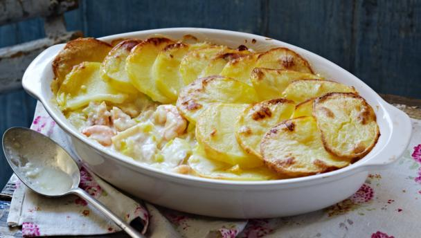 BBC Food - Recipes - Light smoked haddock fish pie