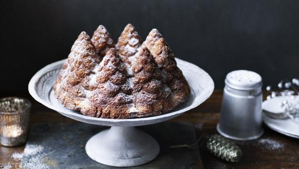 Christmas Cake Recipe Uk Nigella: Spruced-up Vanilla Cake