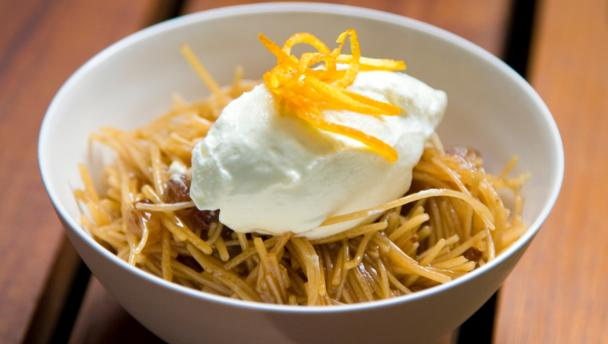 Sweet angel hair vermicelli with orange cream