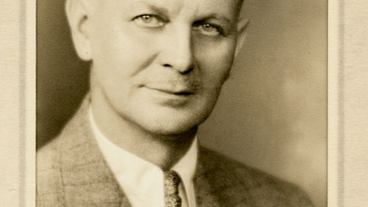 An introduction to the life and literature by otto plath