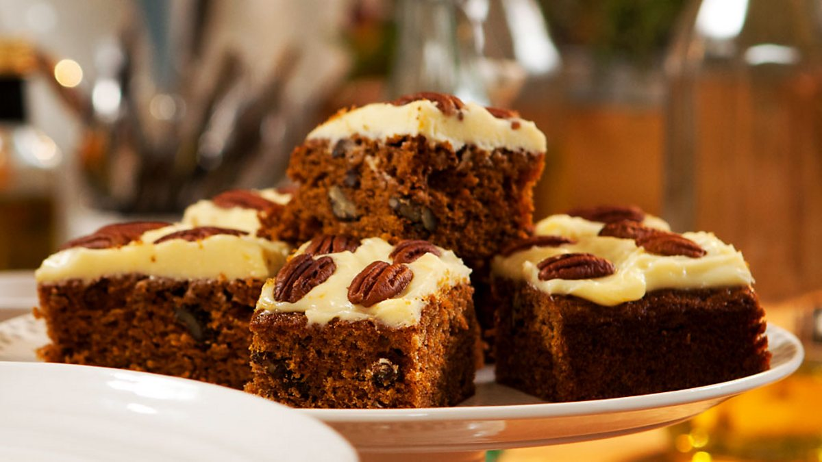 Carrot Cake Recipe Uk Bbc: Hairy Bikers' Best Of British, Series 1