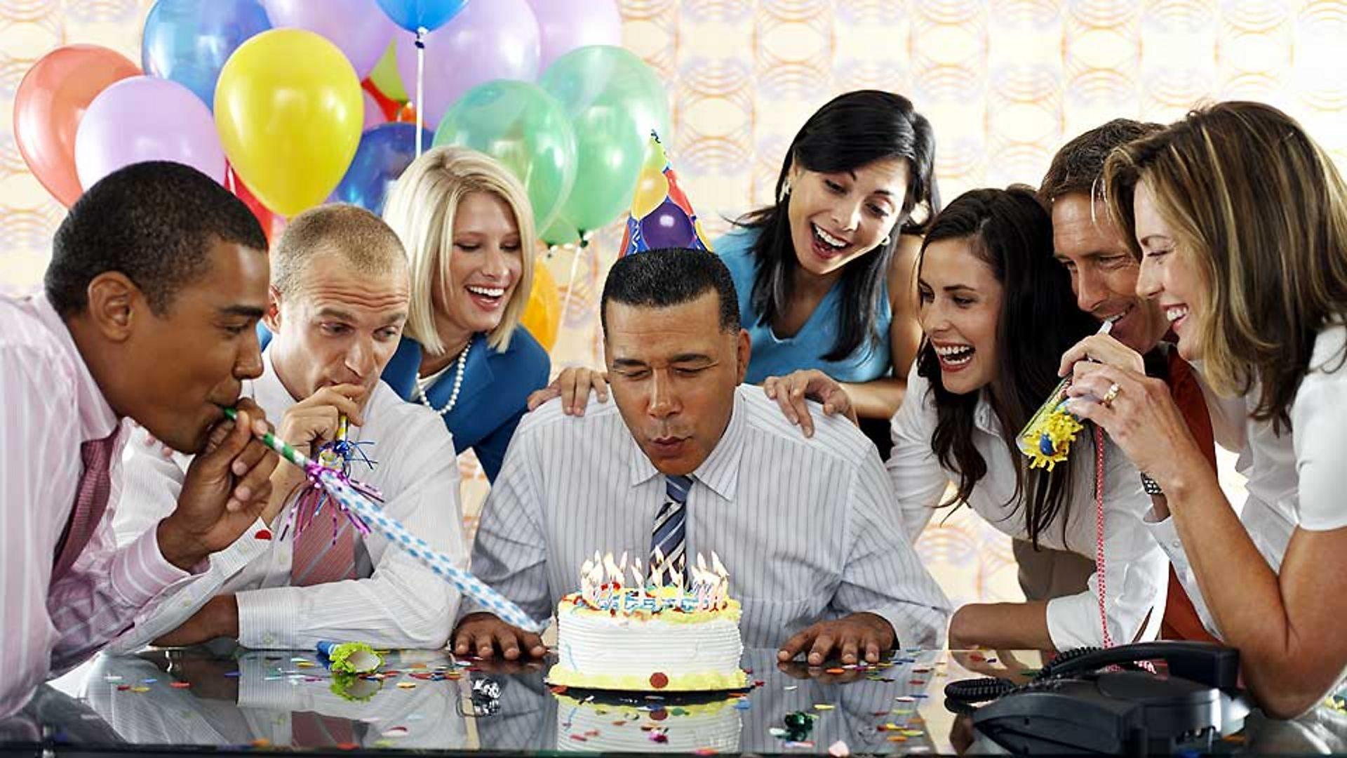 Застольные конкурсы на день рождения коллеге