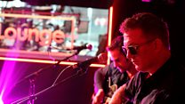 Queens Of The Stone Age Live Lounge