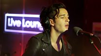 The 1975 Live Lounge