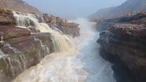 Знятий з повітря водоспад Хукоу