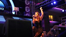 Jessie Ware giving it her all