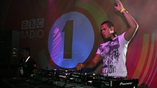 Afrojack closes the show with a slamming mix