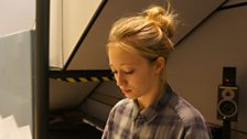 Lauren Mote who plays Alice
