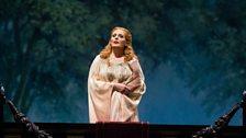 "Eva-Maria Westbroek in the title role of Zandonai's ""Francesca da Rimini."""