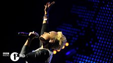 Emeli Sande gets lifted