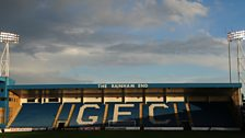 Image for FIRST ROUND: Gillingham v. Brackley Town
