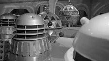 The Daleks confront the Mechanoids…