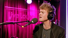 Kodaline perform their new single Honest, and mashup Ed Sheeran with Swifty and Ronson!