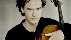 Leonard Elschenbroich plays