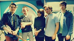Daughter catch up with Steve Lamacq
