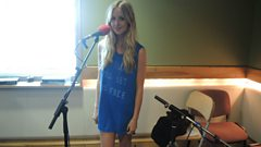 Diana Vickers live in session