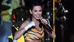 Katy Perry chats to Jameela