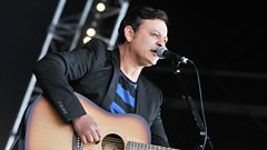 James Dean Bradfield chats to Janice Long