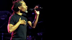 Bobby McFerrin jams with Jools