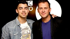 Joe Jonas meets Scott Mills