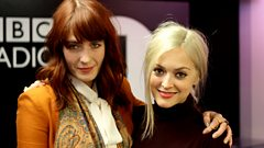 Florence & The Machine - Interview with Fearne Cotton