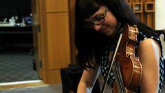 Sesiwn Calan a'r April Verch Band