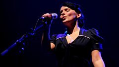 Emiliana Torrini speaks to Radcliffe and Maconie