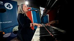 Natalie Merchant sings Wonder for Mastertapes