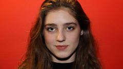Birdy performs No Angel live in the Woman's Hour studio