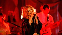 Goldfrapp talks to Radcliffe and Maconie