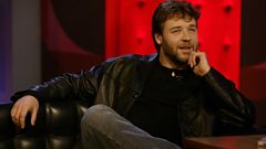 Russell Crowe chats with Lauren