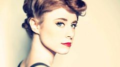 Kiesza joins Dev in the studio