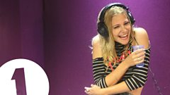 Pixie Lott plays Innuendo Bingo