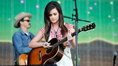 Kacey Musgraves on the Main Stage