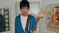 Johnny Marr plays a Smiths classic