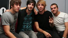 LIVE CAM - All Time Low talk to Fearne