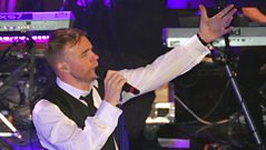 Gary Barlow - extended interview with Jo Whiley
