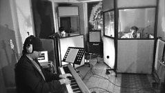 Al Lewis Band - Dwr yn y Gwaed